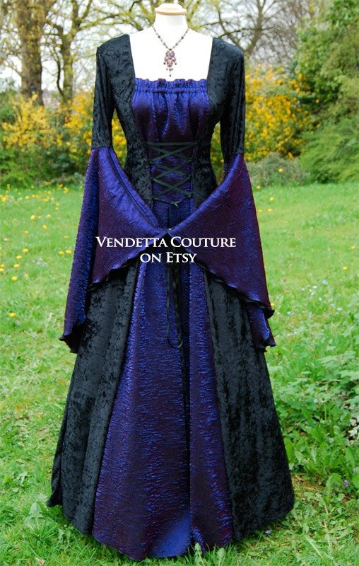 Medieval Dress Wedding gown Handfasting by vendettacouture on Etsy : Always wanted to photographic a wedding like this. Better pictures of the dress in the link