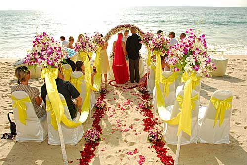 Wedding                             Ceremony at Bangtao Beach in Phuket
