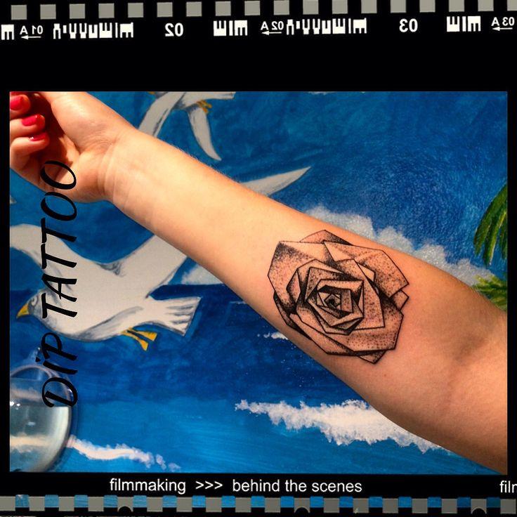 Geometric Tattoo Rose Tattoo Dot Work Tattoo Gül dövmeleri
