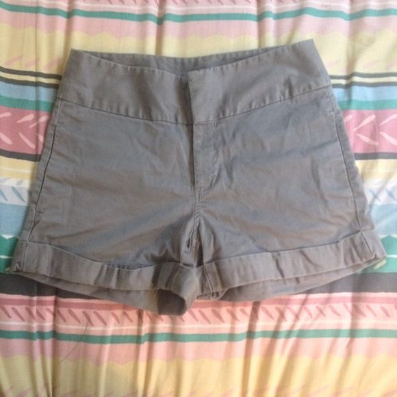 Old Navy High Rise Charcoal Gray Shorts - Size 6 Old Navy High Rise Shorts - Size 6. Good Condition, no stains, washed < 2 times. Great to dress up or down! Old Navy Shorts