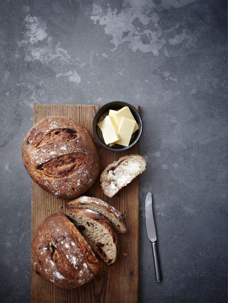 Date + Rye Bread, Bake, Baking   Food Photography