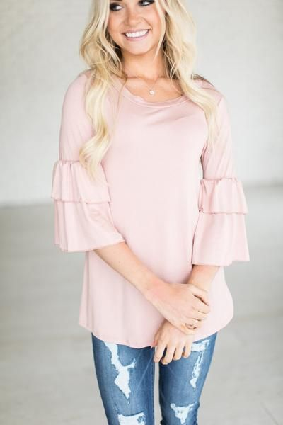 This is my favorite ruffle sleeve/bell sleeve shirt I've seen yet. Super cute!