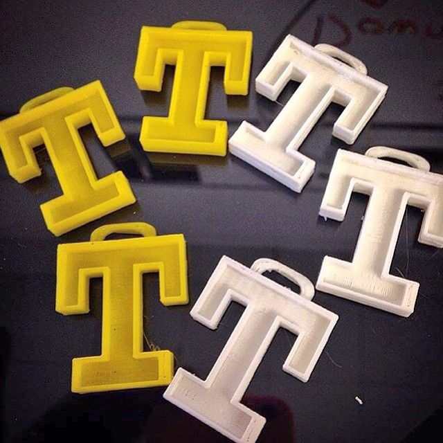 Something we liked from Instagram! In Manchester New Hampshire artist/teacher @Myfullnameisok designing interlocking patterns w/the TrinityHighSchool logo in Morphi. These were printed in the school's Makerbot 3D printer. #3dprinting #NH #art #artist #3dmodel #3dprint #3dprinter #3dmodeling #design #designer #classroom #school #create #creative #edtech #education #steam #maker #makered #makermovement #newhampshire #manchester #makerbot by morphiapp check us out: http://bit.ly/1KyLetq