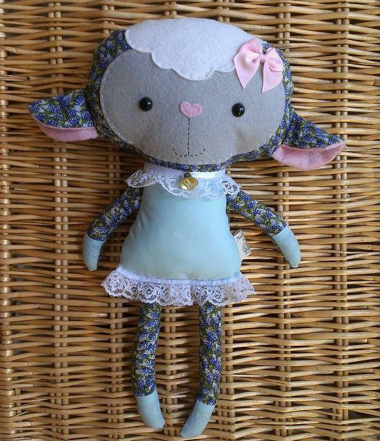 Bonecas e devaneios - boneca e Softie Padrões de costura PDF: Handmade Páscoa: Lovely Lambs & Black Sheep feita por você!
