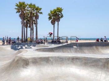 17 meilleures id es propos de venice beach californie. Black Bedroom Furniture Sets. Home Design Ideas