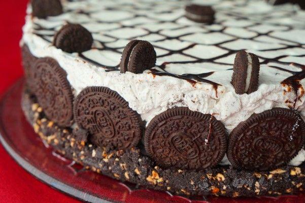 Τούρτα παγωτό με oreo και σοκολάτα Crunch