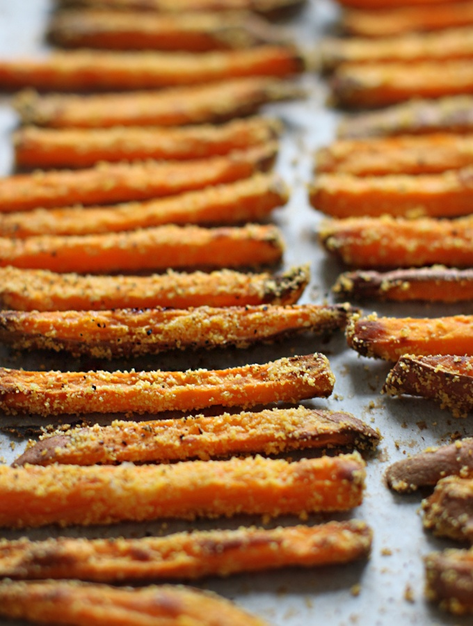 Sweet potato fries...using cornmeal to give you that crispy fried feeling, without actually frying!