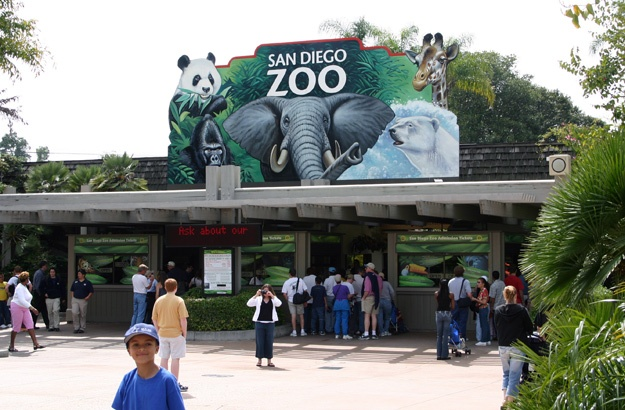 Foyer Entry Zoo : Best zoo s around usa images on pinterest the