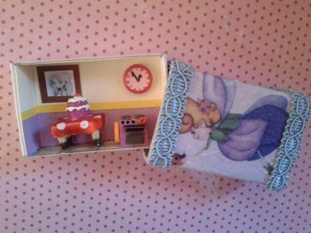 Mini kitchen for little girls