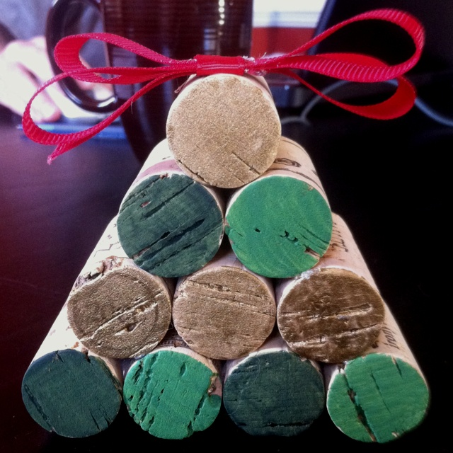 80 best images about recycle crafts wine corks bottles for Simple cork