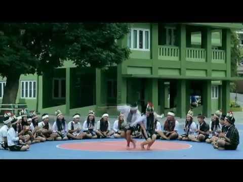 MIZO traditional dance Ainawn by Chhawkhlei Cultural Club, PUC - YouTube