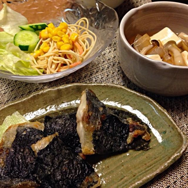 あじの磯辺巻き、パスタサラダ、大根と豆腐のとろっと煮、玉ねぎと油揚げのお味噌汁、ごはん - 10件のもぐもぐ - あじの磯辺巻き by Sakiko