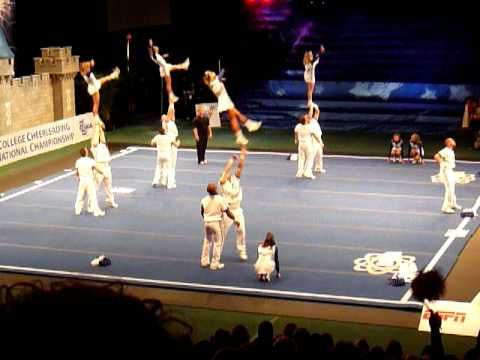University of Kentucky Coed Cheer  2009