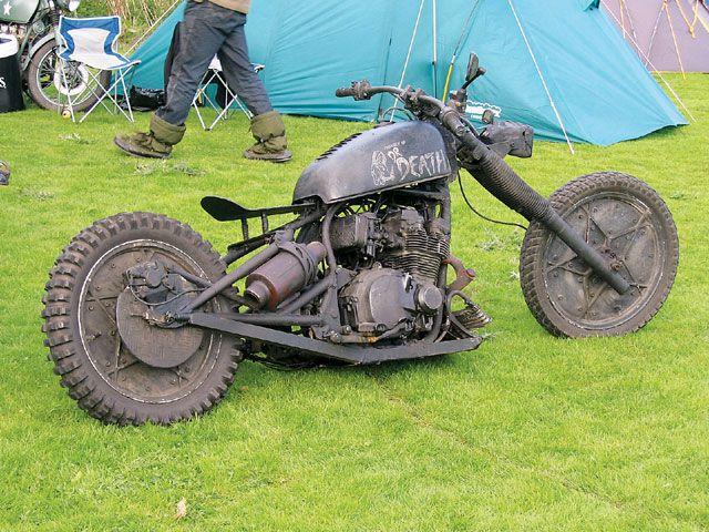 Resultados da Pesquisa de imagens do Google para http://image.streetchopperweb.com/f/8811371/0703_stcp_31_z%2Bbest_of_rat_bikes%2Bdr._death_rat.jpg