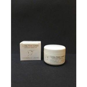 Vitamin E cream 50ml.  Long-Time-Liner´s E-vitamin creme, anbefales specielt efter permanent make-up behandling.  Pga. det høje indhold af E-Vitamin, beskytter den huden mod frie radikaler , lindrer skadelige virkninger af UV - stråling. Og stimulerer hudens regenerering.