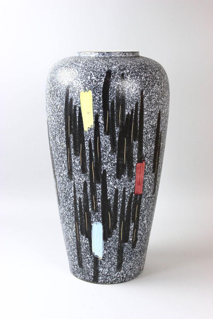 50er jahre bodenvase gro e keramik vase schwarz wei westgerman pottery mid century germany. Black Bedroom Furniture Sets. Home Design Ideas