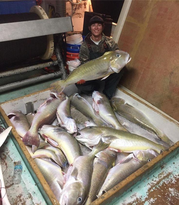 double tap if you like this picture. : @taylormagone . . Original Caption: Sick week long trip golden tile fishing with my brother! @robert_magone on F/vnolimit  @grundens @xtratufboots . . #VolusiaPixel #Volusia #VolusiaCounty #Debary #PortOrange #Delnd #OrmondBeach #OrangeCity #Ocala #Daytona #Florida #NSB #Pierson #PonceInlet #LakeHelen #Edgewater #DaytonaBeach #HollyHill #OakHill