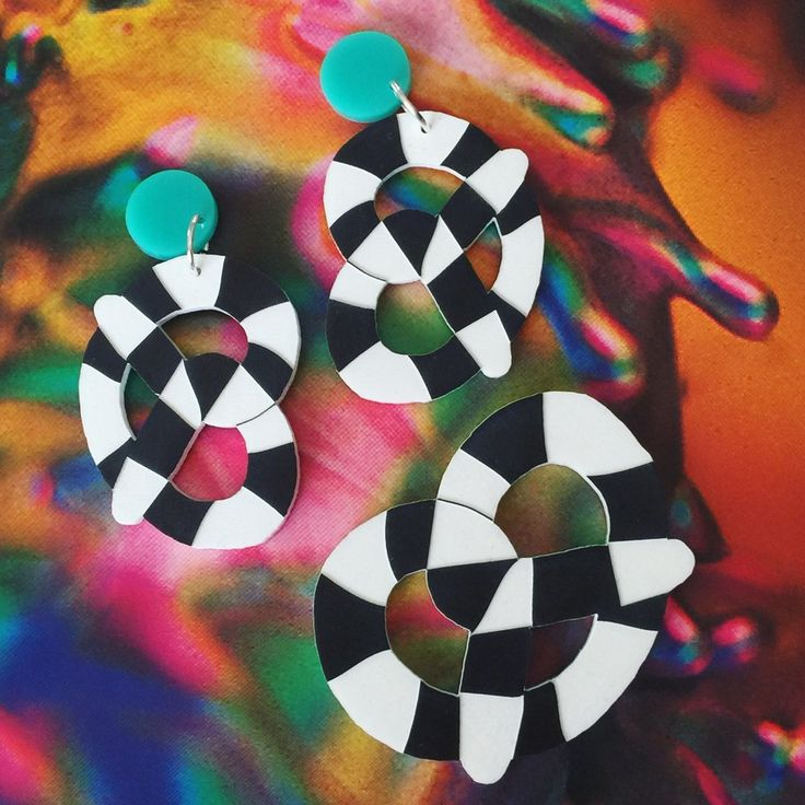 Image of Worm Pretzel Earrings