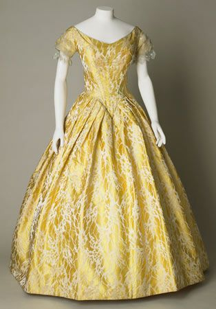 Yellow silk brocade evening dress, English, about 1841-1846.