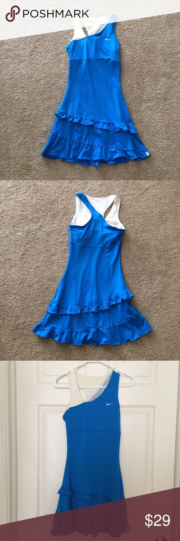 Nike Tennis Dress Nike Dri-Fit Tennis Dress - Super Cute! Great condition from a smoke-free home Nike Dresses Mini