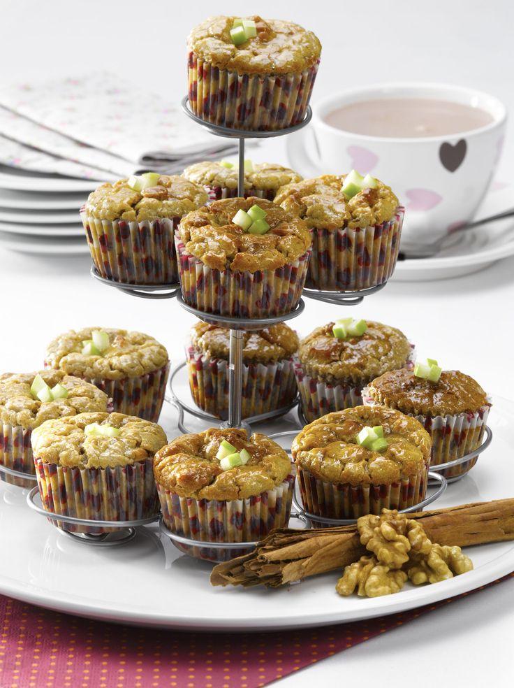Descubre esta práctica receta de Muffins de manzana con nueces y canela sin azúcar, para disfrutar de manera más saludable.