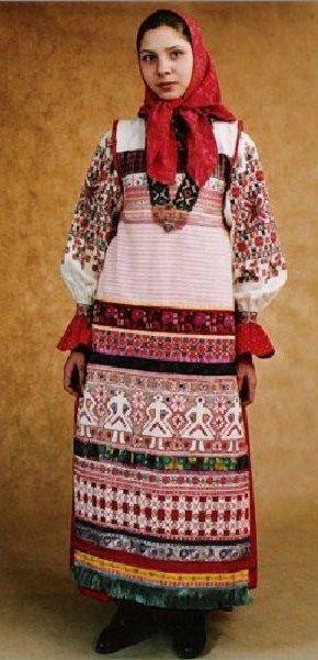 Праздничный костюм замужней крестьянки из Калужской области, Россия.  Современная работа по моде 19-го века .: