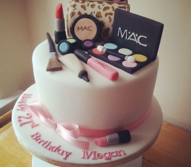 Great Birthday Cake For Makeup Lovers With Images 14th