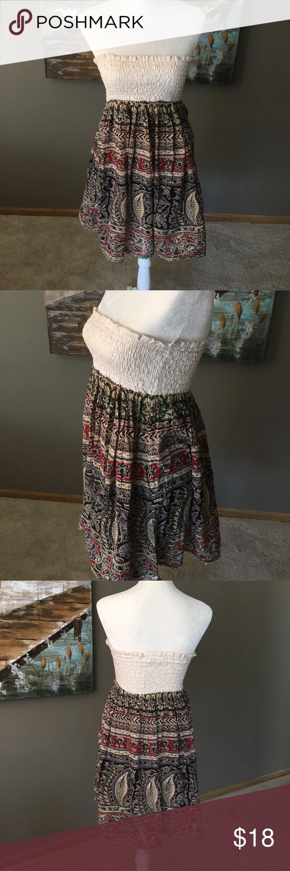 """Vintage Havana strapless dress Multi colored/design dress with a cream puckered bandeau top dress from Vintage Havana. Length is 25 1/2"""" Also has a built in slip Vintage Havana Dresses Strapless"""