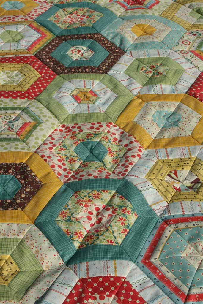 223 best American Jane & Quilts images on Pinterest | Jellyroll ... : merry go round quilt - Adamdwight.com