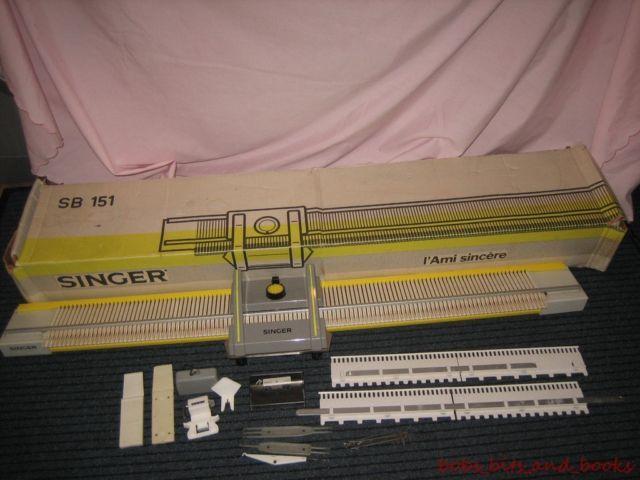 Singer sb 151 knitting machine boxed chunky knitting Knitting, Knitting mac...