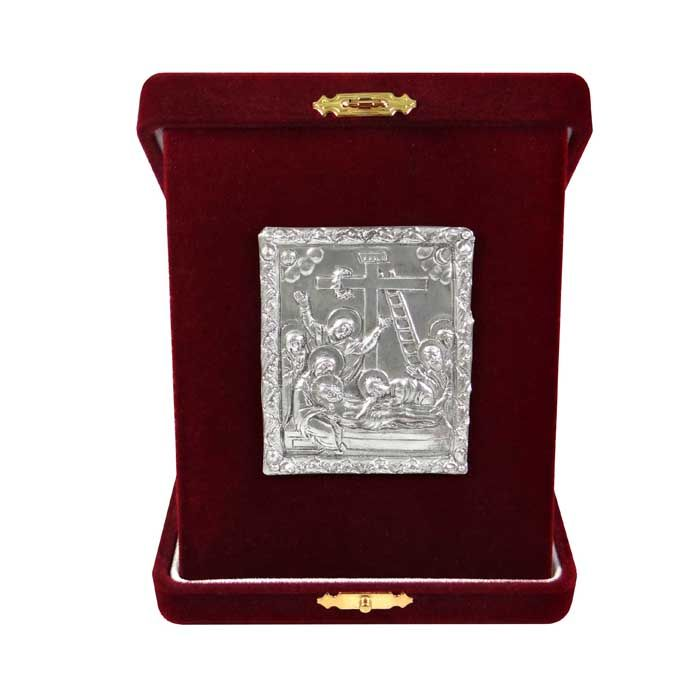 "Icon depicting the Deposition of Jesus Christ (Pieta) from the cross. Inspired from the cover of a gospel made of silver with local gold plating with central representation of the ""Descent into Hades"", dating around 1693. On the reverse, Saint Sava is depicted with scenes from his life and the Annunciation.  The copy is made of pure silver 999° and place into a burgundy velvet case.  Dimensions of the icon: 6 cm x 5 cm x 3 cm Dimensions with velvet case: 10,5 cm x 13 cm x 3 cm"