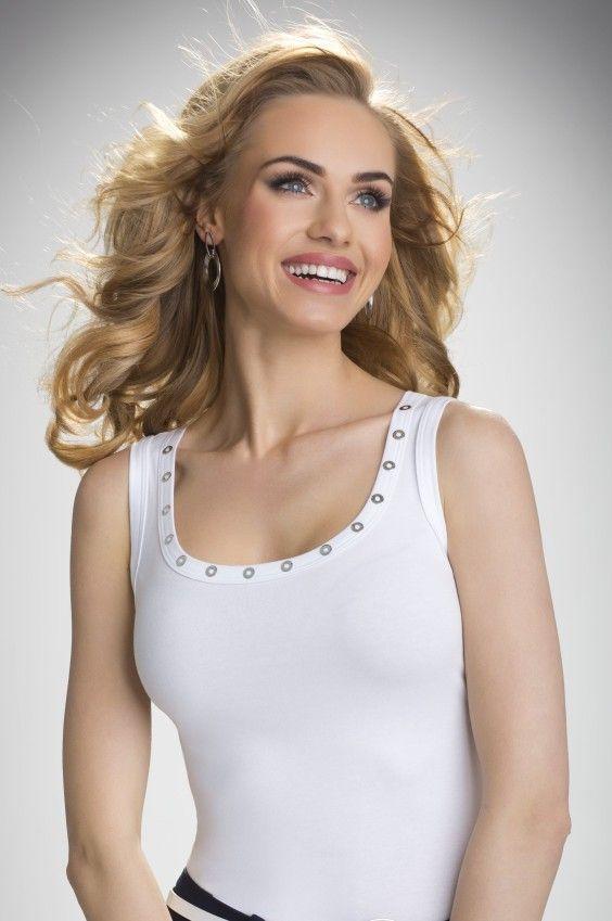 https://galeriaeuropa.eu/t-shirty-damskie/300066187-koszulka-model-kasandra-ecru