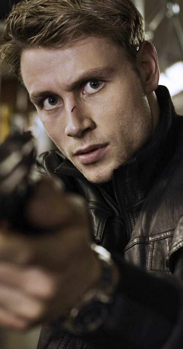 Max Riemelt, Actor: Die Welle. Max Riemelt was born on January 7, 1984 in Berlin, Germany. He is an actor, known for The Wave (2008), Before the Fall (2004) and Free Fall (2013).