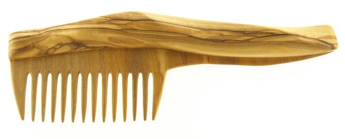 Ručně vyrobený, nádherný hřeben z olivového dřeva.