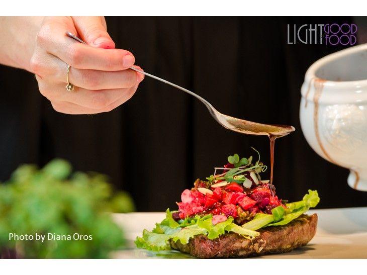 Muschi de vita cu salata rece si sos de smochine 1