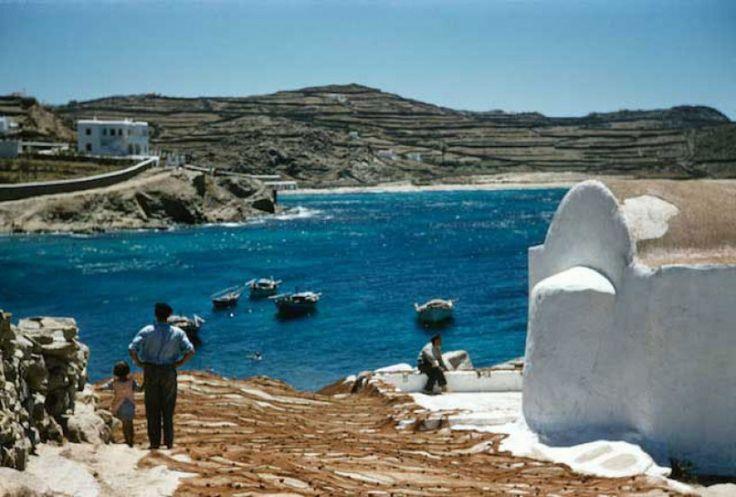 ΜΥΚΟΝΟΣ. Στεγνώνοντας τα δίχτυα Πηγή: www.lifo.gr