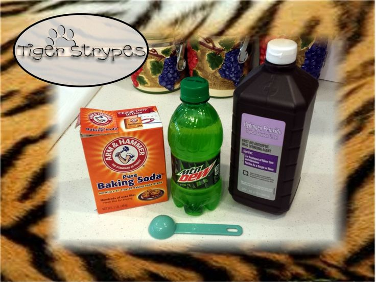 """""""Homemade Glow Bottle"""" - #TBCCrafters - Tiger Strypes Blog"""