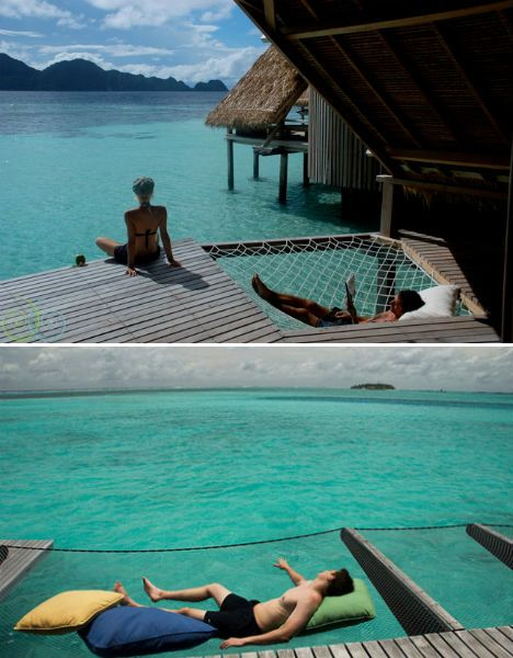 Over-the-water hammock! Love the build into the deck too. I think i am going to need this when i move to Hawaii to study marine biology
