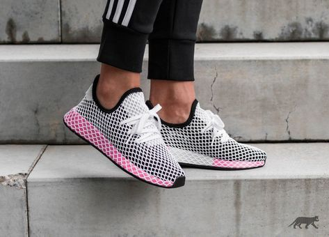 5a870fd24 adidas Deerupt Runner W (Core Black   Core Black   Chalk Pink ...