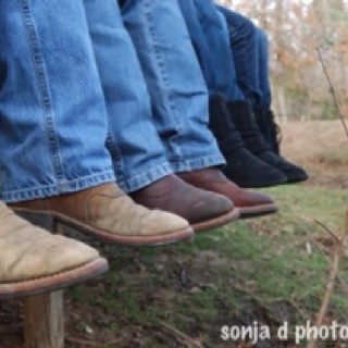 Country family mine and @itscates family picture one day