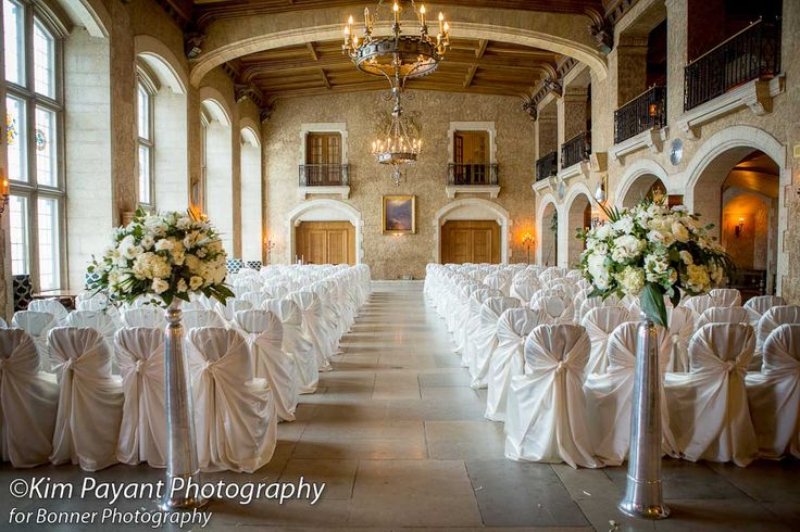 """(it's all in the) Details - Gallery  """"Classic, glamourous, winter wedding""""  Venue: Banff Springs Hotel Photographer: Bonner Photography Florals: Lea Romanowski Rentals: Special Event Rentals (Banff) Cupcakes: Crave"""