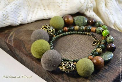Бусы «Оливковый сад» - оливковый,бусы,бусы из камней,бусы войлочные,войлочные бусы