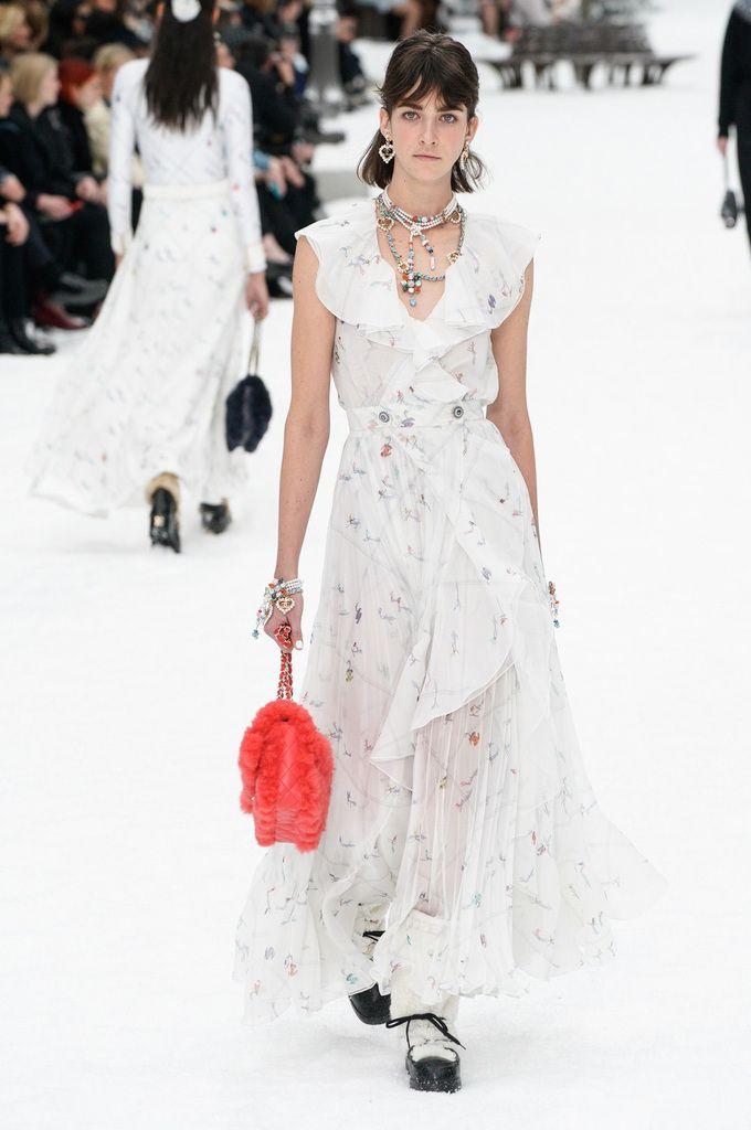 2020 Fashion Trends 52 #Hochzeit #Hochzeiten #Hochzeitsideen #Hochzeitskleider #Braut