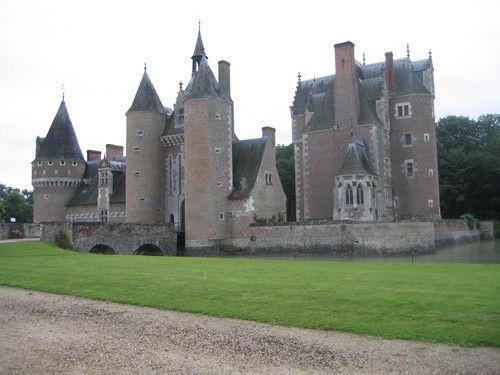Le Château Du Moulin en Sologne Centre de la France dept ...