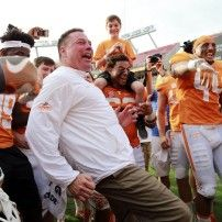 Tennessee runs all over Northwestern in a 45-6 Outback-Bowl win.