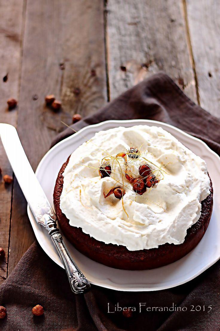 Torta di nocciole con ganache di mascarpone e cioccolato bianco senza glutine glutenfree