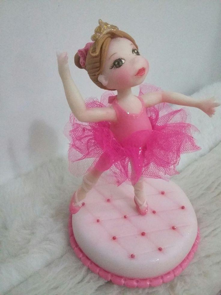 Bailarina en porcelana en frio