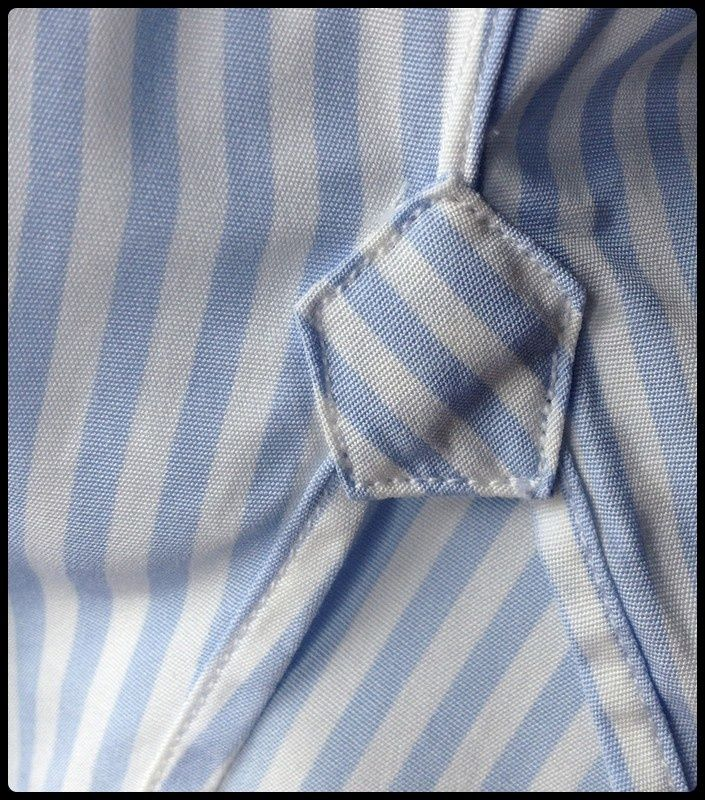 detail of a bespoke shirt - gusset