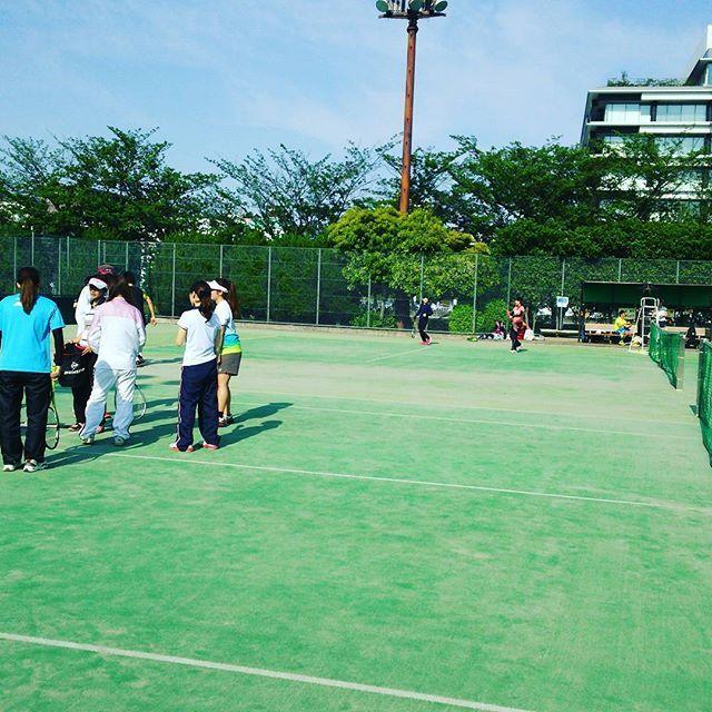 都内のテニスサークルで練習 http://tokyotennis.webcrow.jp