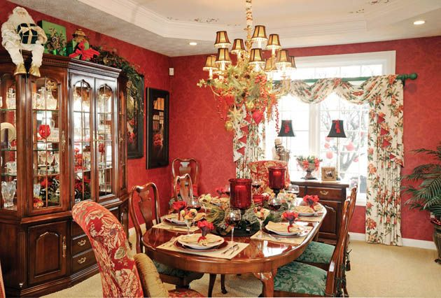 Feast Your Eyes Gorgeous Dining Room Decorating Ideas: 42 Best Images About Christmas Formal Dining Rooms On